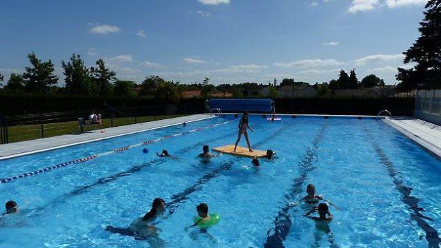 La piscine de plein air de Montbert